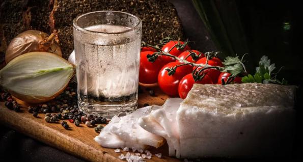 Как приготовить самогона из сахара и дрожжей в домашних условиях по простому рецепту?