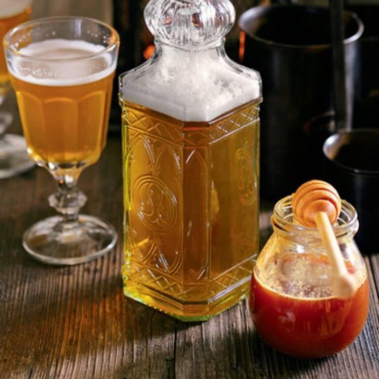 Медовое вино: как сделать медовуху дома, три рецепта приготовления вина из меда